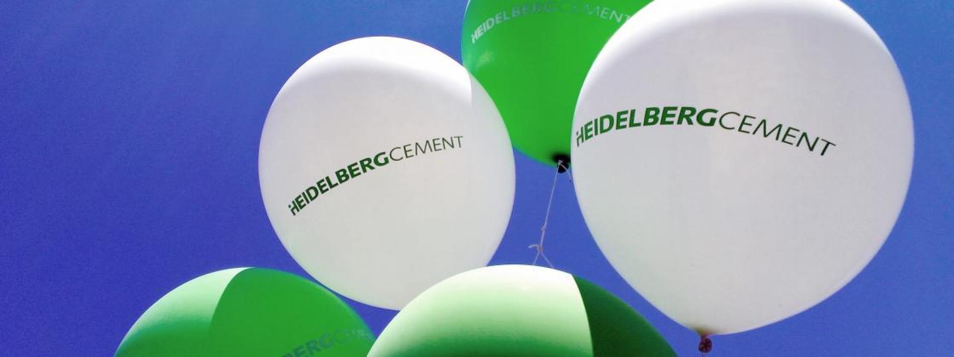 HeidelbergCement balloons.
